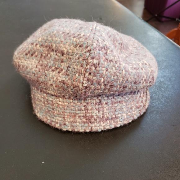 3030fcfba23 Women s Vintage Liz Claiborn Cap Hat